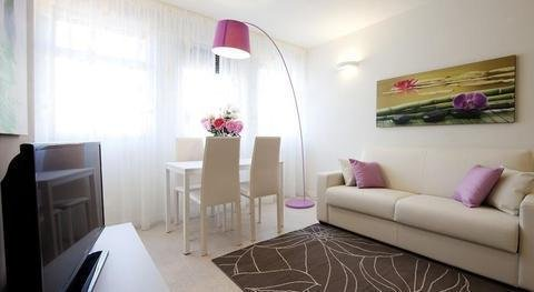 La Farina Apartments - фото 9