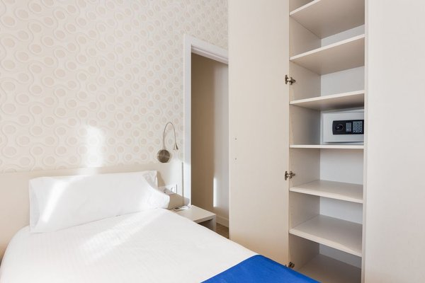 Barcelona Cosy Rooms - фото 4