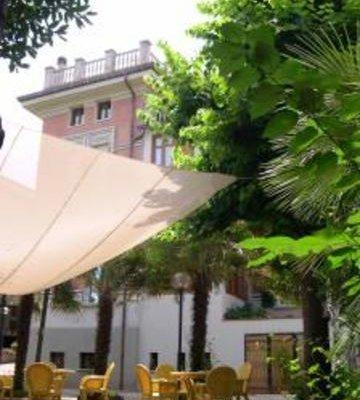 Гостиница «Amalia Ristorante Locanda Catering», Фальконара-Мариттима