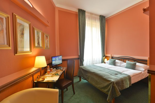Hotel Hastal Prague Old Town - фото 2