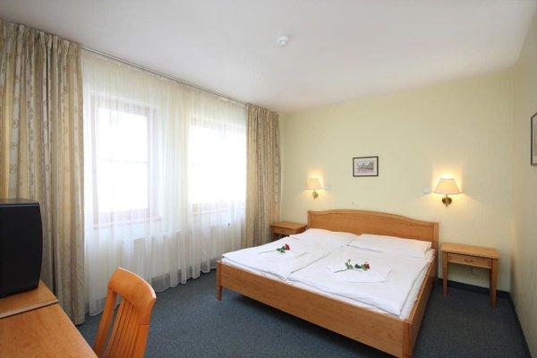 Отель Claris - фото 3