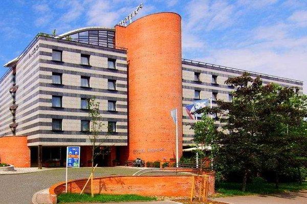 Expo Hotel - фото 19