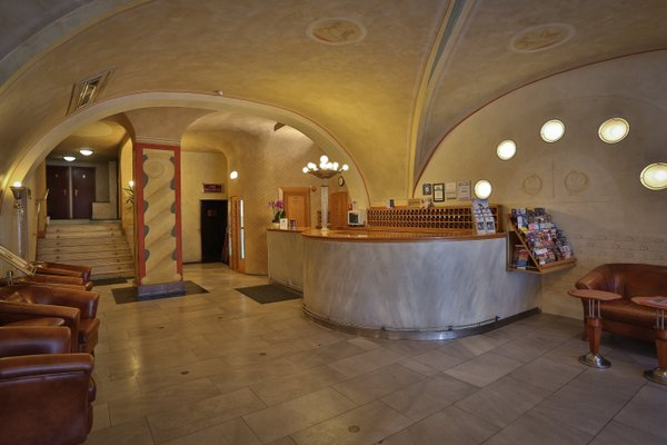 Best Western Plus Hotel Meteor Plaza - фото 15