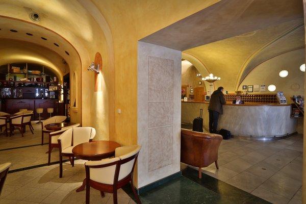 Best Western Plus Hotel Meteor Plaza - фото 7