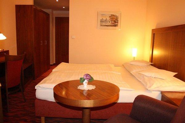 Hotel Monica - фото 1