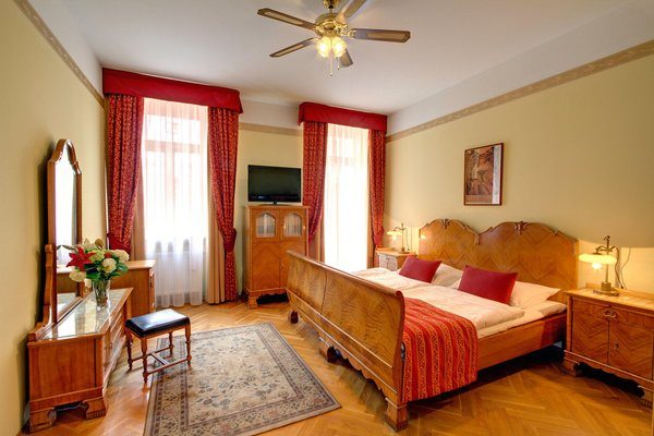 Отель Mucha - фото 1