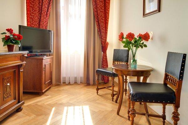 Отель Mucha - фото 6