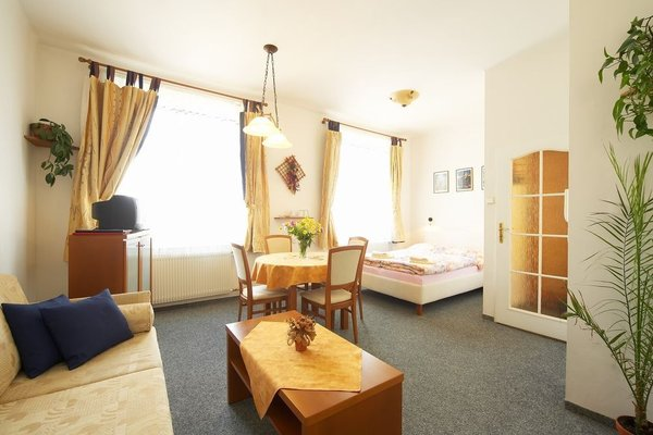 Apartments Vysehrad With Free Parking - фото 50
