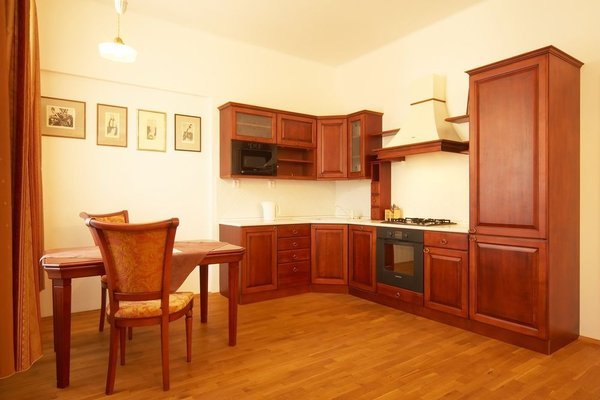 Apartments Vysehrad With Free Parking - фото 15