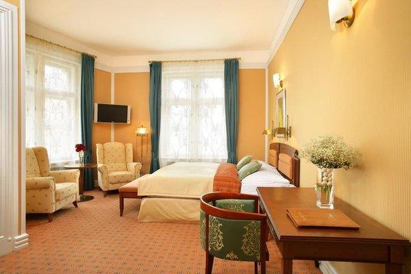Hotel Paris - фото 1