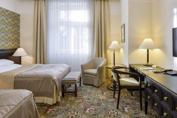Hotel Savoy - фото 3