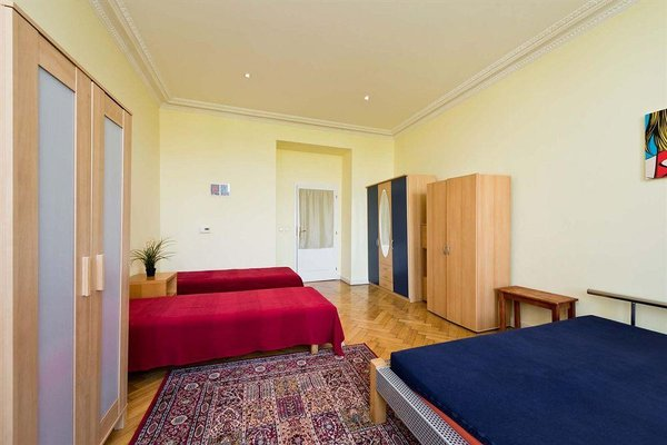 Aparthotel Krasova - фото 0