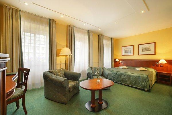 Adria Hotel Prague - фото 1