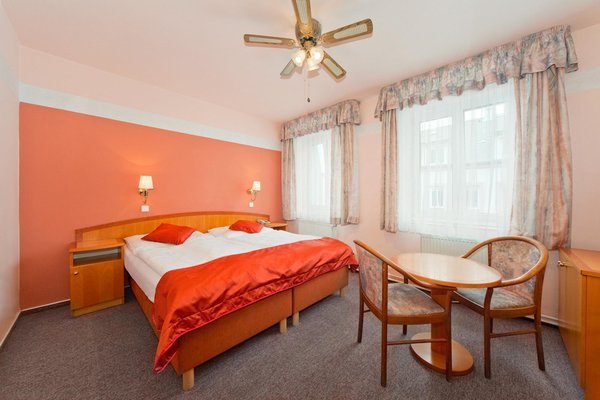 Отель Bily Lev - фото 2