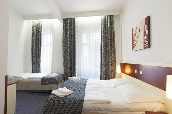 City Partner Hotel Atos - фото 1