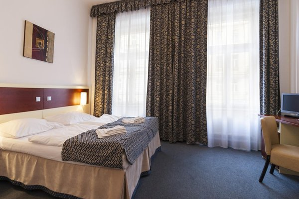 City Partner Hotel Atos - фото 4