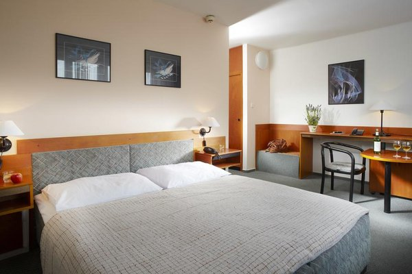 Hotel Fortuna City - фото 1