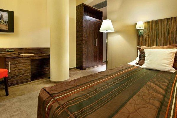 EA Hotel Crystal Palace - фото 3