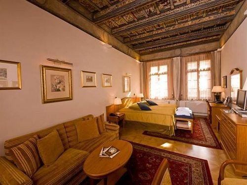Santini Residence - фото 3
