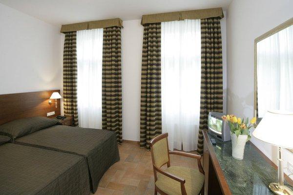 Отель Galileo Prague - фото 5