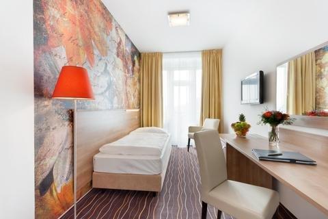 Akcent hotel - фото 1