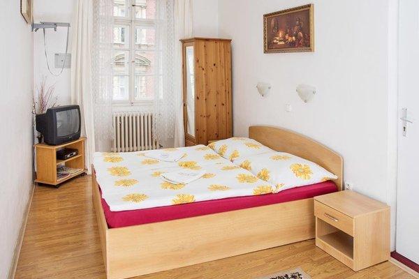 Charles Bridge Bed And Breakfast - фото 10