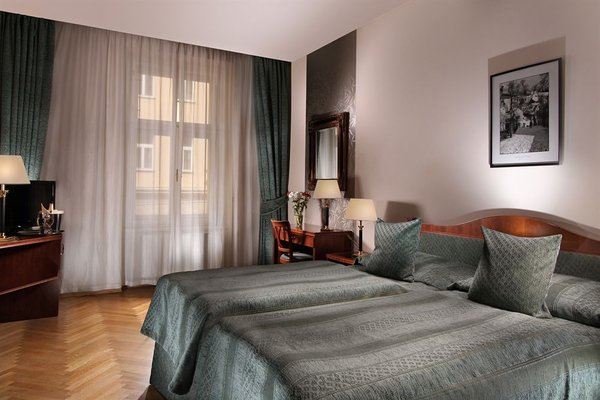 Ariston & Ariston Patio Hotel - фото 4
