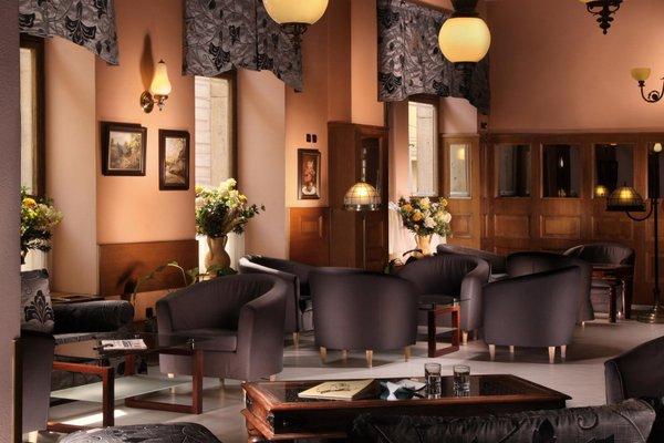 Ariston & Ariston Patio Hotel - фото 7