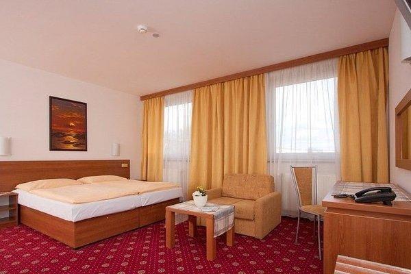 Hotel Slavia - фото 1