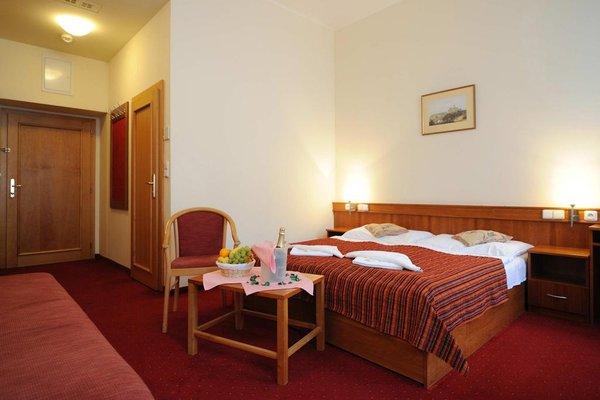 Отель Alton - фото 1