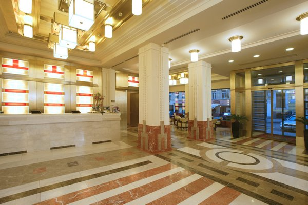 Hotel Majestic Plaza - фото 14