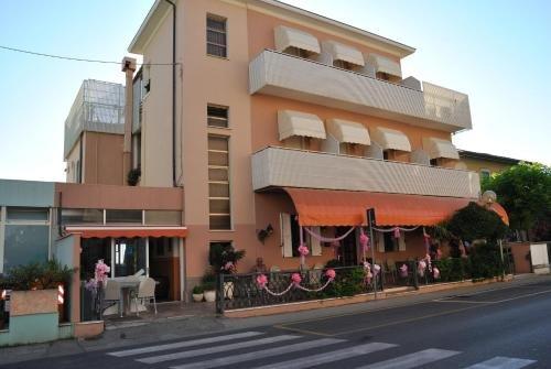Albergo Villa Luciana - фото 23