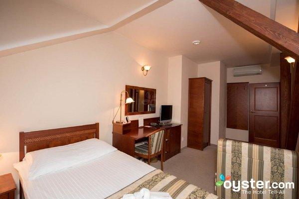 Amigo City Centre Hotel - фото 5