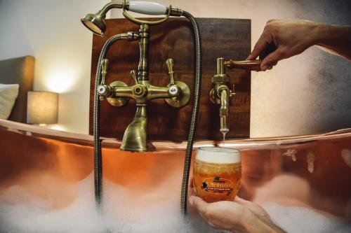 U Medvidku-Brewery Hotel - фото 6
