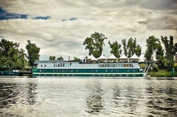 Rohan Boat Prague - фото 22