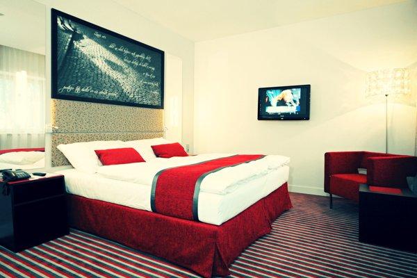 Red & Blue Design Hotel Prague - фото 1