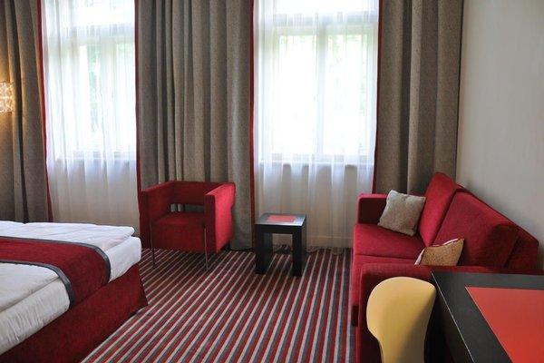 Red & Blue Design Hotel Prague - фото 7