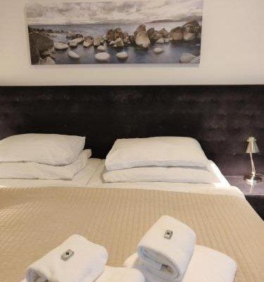 Hotel Oya - фото 1