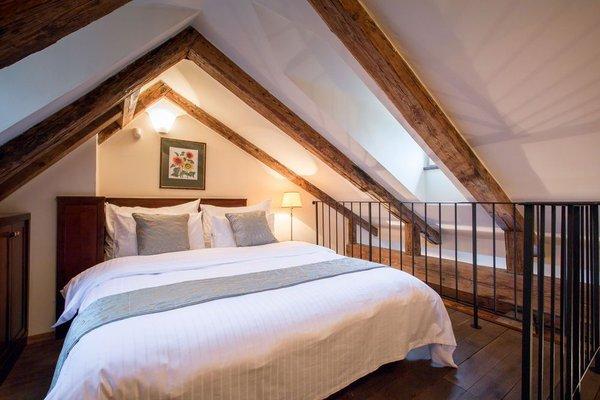 The Nicholas Hotel Residence - фото 7