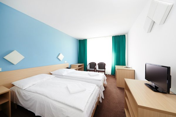 Hotel Mars - фото 1