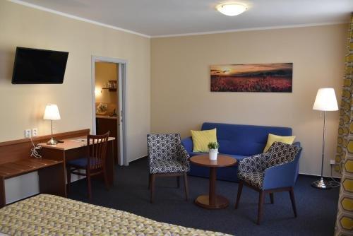Aparthotel Austria Suites - фото 11