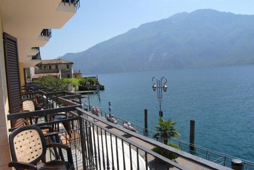 All azzurro Hotel Limone - фото 20