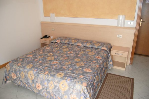 All azzurro Hotel Limone - фото 3
