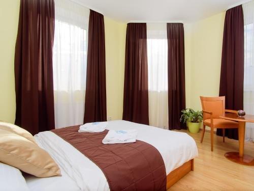Отель Brilliant - фото 1