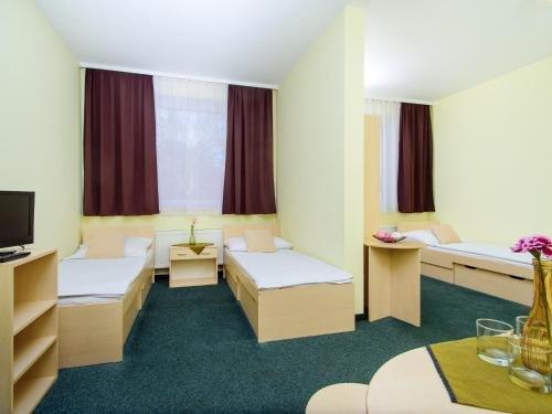 Отель Brilliant - фото 2
