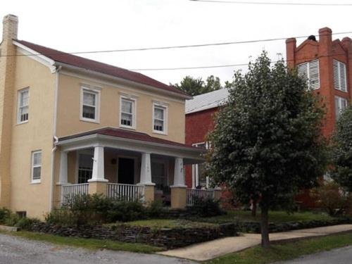 Photo of Riley House