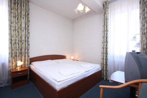 Отель Legie - фото 6