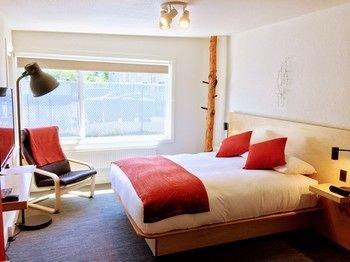 Photo of Heliotrope Hotel