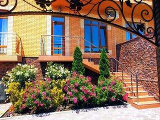 Фото отеля Гостевой Дом «Ирбис»