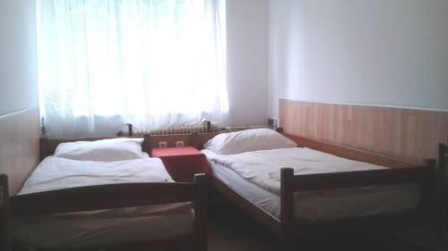Hostel Sokol Troja - фото 1